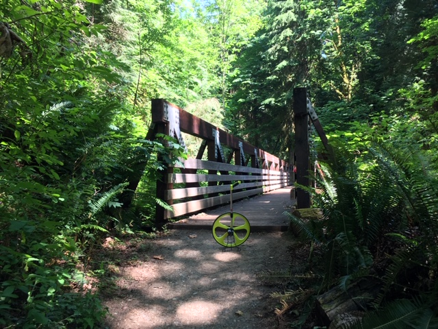 ../images/trails/primrose_loop//05 Bridge with trail wheel.jpg